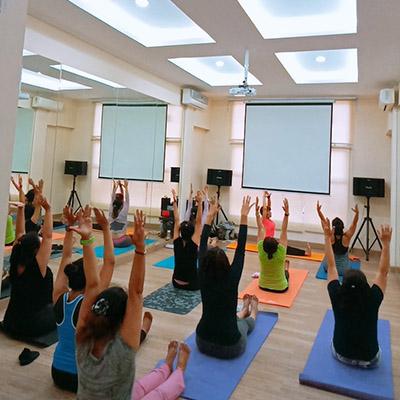 yoga, zumba